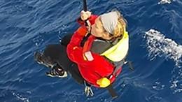 Schiff rettet Weltumseglerin im Pazifik nach zwei Tagen