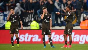 St. Pauli verwechselt Karlsruhe mit Kaiserslautern