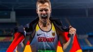 Überlegen und doch hoch emotional: Markus Rehm nach dem Gold-Sprung