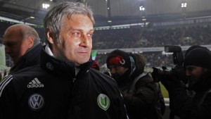 Trainer Veh in Wolfsburg kurz vor der Ablösung