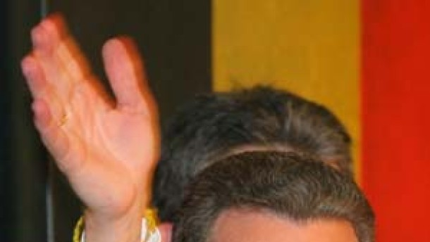 Oettinger verfehlt nur knapp die absolute Mehrheit