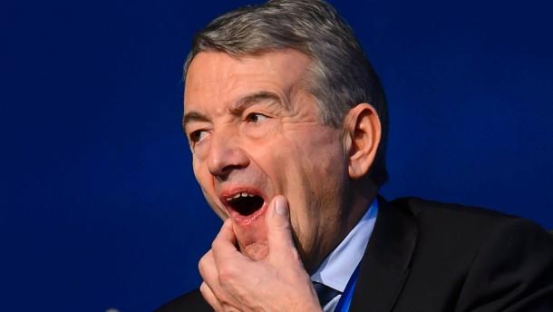Niersbach verkündet Rückzug von Fußball-Ämtern