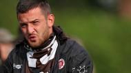 Der Prozess gegen Fußballspieler Deniz Naki wird eingestellt.