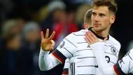 Alles klar: Leon Goretzka und die deutsche Nationalmannschaft haben die EM-Qualifikation überstanden.