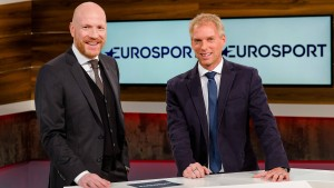 Eurosport und Sky streiten um Bundesliga-Fußball