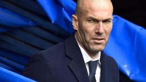 Ziehvater Zidane nimmt seine Söhne mit