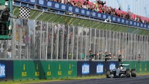 Hamilton siegt vor Rosberg und Vettel