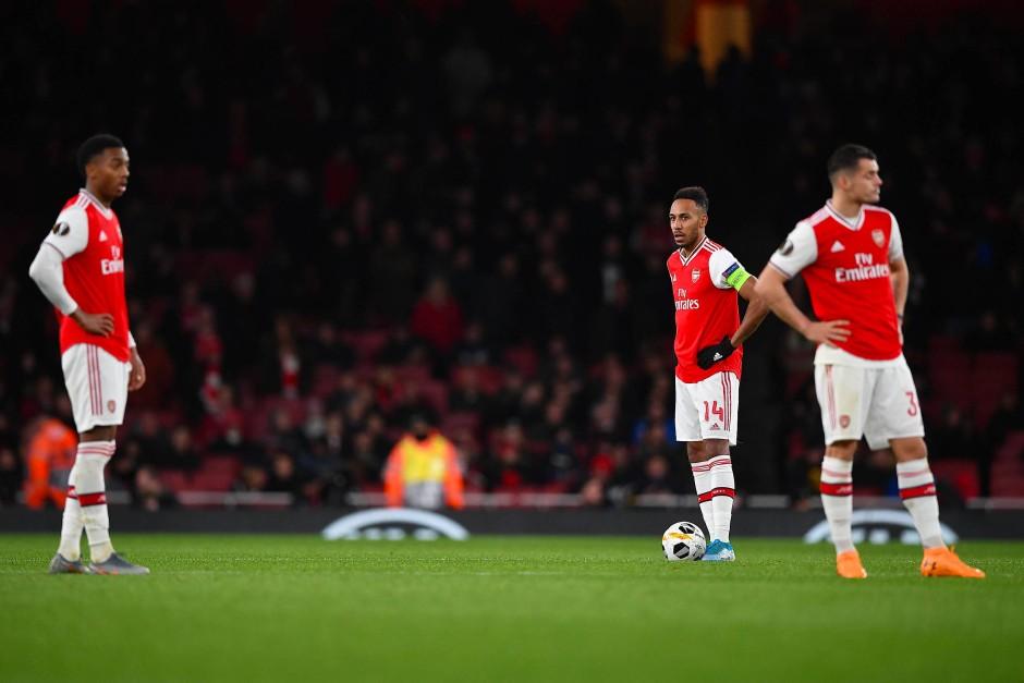 Unerwartete Niederlage für Arsenal: Das Team um Pierre-Emerick Aubameyang (Mitte) war lange Zeit klar besser als die Eintracht