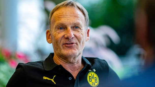 BVB-Chef Watzke drängt auf frühere Fan-Rückkehr