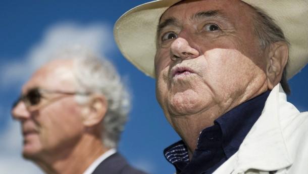 "Blatter nennt Beckenbauer-Version ""absurd"""