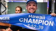 Rückkehr des Hawaii-Champions: Ironman Patrick Lange ist wieder in Deutschland.