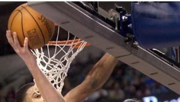 Nowitzki feiert Prestigesieg mit Dallas
