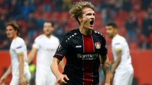 Leverkusen mit Köpfchen in die Zwischenrunde