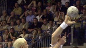 Holpriger Dreikampf um die Handball-Krone