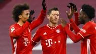 Der FC Bayern möchte über die Hürde Holstein Kiel ins Achtelfinale des DFB-Pokals einziehen.