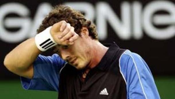 Safin gewinnt Finale gegen Hewitt