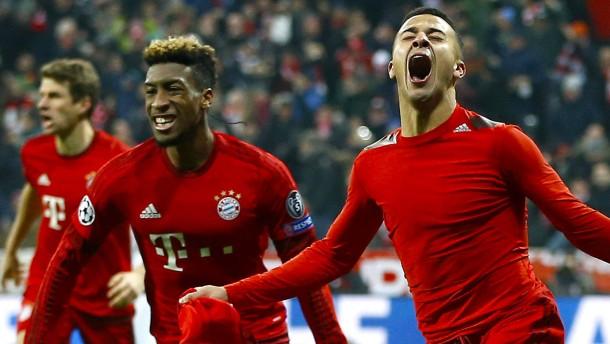 Losglück für Bayern – Knaller für Wolfsburg