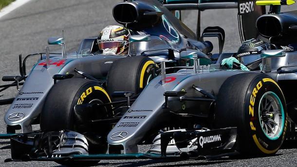 Hamilton und Rosberg fliegen gemeinsam raus