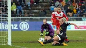 Frankfurt folgt Wolfsburg ins Halbfinale