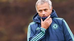 Stadionverbot und Hilfe für Mourinho