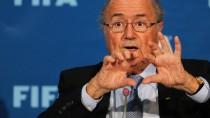 """""""Die Opposition kommt, es ist schade das zu sagen, aus Nyon von der Uefa"""": Joseph Blatter"""