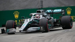 Hamilton Trainingsbester in Singapur