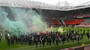 Wütende Fans sorgen für Absage in Manchester