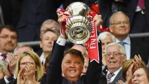 Van Gaal holt FA-Cup und muss gehen
