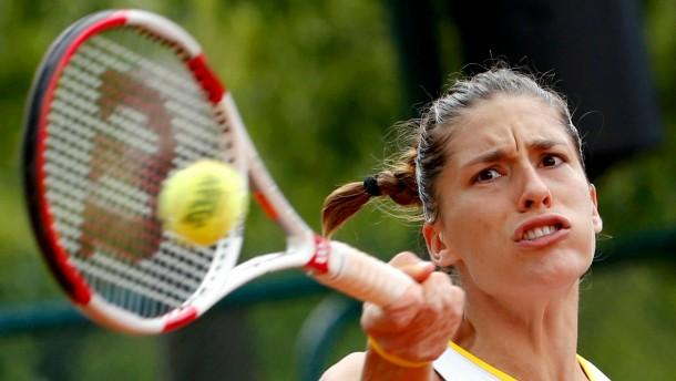 Sieg für Petkovic, Pause für Lisicki