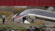 Mindestens zehn Tote bei Zugunglück in Frankreich