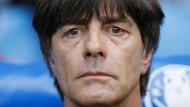 Der Countdown für das Italien-Spiel läuft: Bundestrainer Joachim Löw.