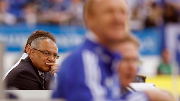 Magath bleibt mit Wolfsburg ohne Sieg