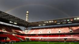 Regenbogen-Beleuchtung in Köln und Frankfurt