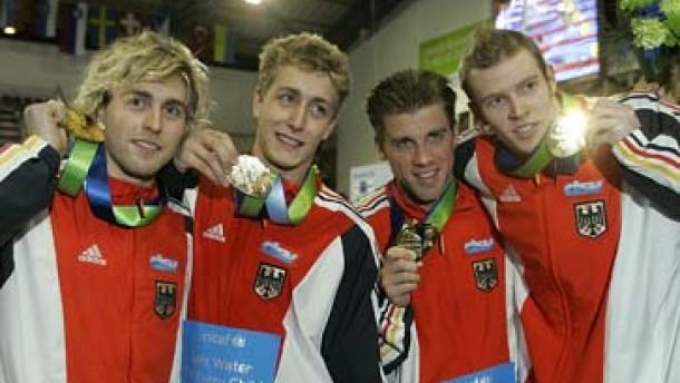Deutsche Männerstaffel schwimmt Weltrekord