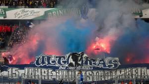 Hertha nimmt den Fans die Fahnen weg