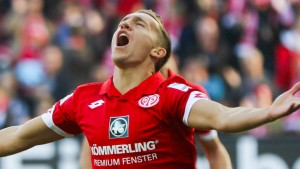 Mainz siegt nach Elfmeterschießen