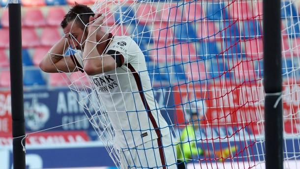 Nationalspieler wegen Gotteslästerung gesperrt