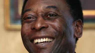 Pelé befindet sich nach eigener Aussage auf dem Weg der Besserung