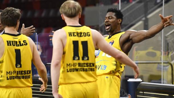 Ludwigsburg steht im Basketball-Halbfinale