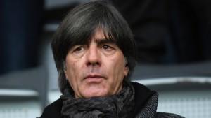 Löw plant Besuch bei Bayern gegen Liverpool