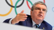 "IOC-Präsident Thomas Bach will Julia Stepanowas Antrag ""sorgfältig prüfen""."