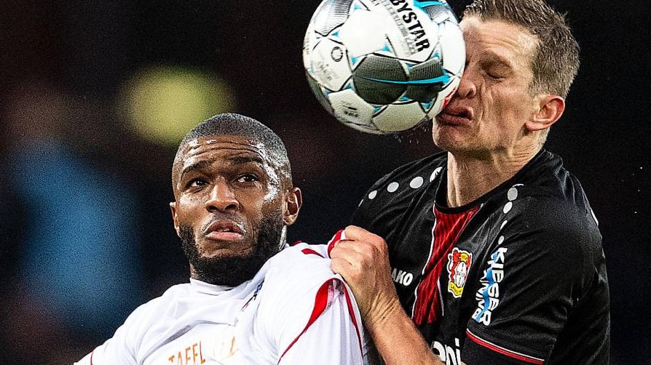 Am Ende setzte sich Köln im Rhein-Derby gegen Leverkusen durch.
