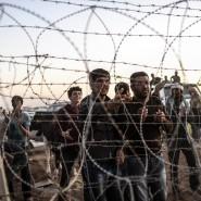 Syrische Kurden an der Grenze zur Türkei