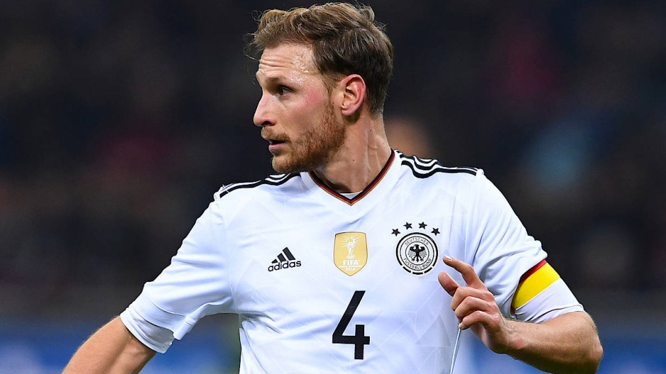 Benedikt Höwedes bestritt 44 Länderspiele als Spieler für Deutschland.