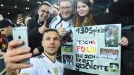 """Nicht nur den Fans wird """"Poldi"""" fehlen."""