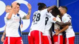 HSV auf Platz eins – Rückschlag für Nürnberg