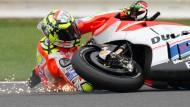 Tollkühne Typen beim Motorrad-Grand-Prix: Sliding-Einlage von Andrea Iannone
