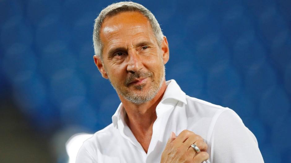 Mit positivem Blick zukunftsorientiert: Eintracht-Trainer Adi Hütter nach dem Europapokal-Aus in Basel