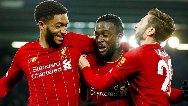 Liverpool besiegt Arsenal in völlig verrücktem Spiel