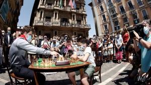 Magnus Carlsen macht auf lustig